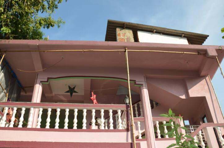 2 этаж дома (2 спальни) Мандрем - Mandrem - Huis