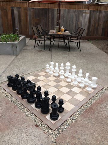 Afternoon Chess and Hors d'oeuvres