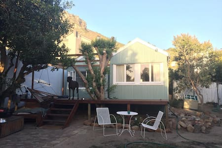 The Shack beach cottage - 10 seconds walk to beach - Cape Town - Kabin