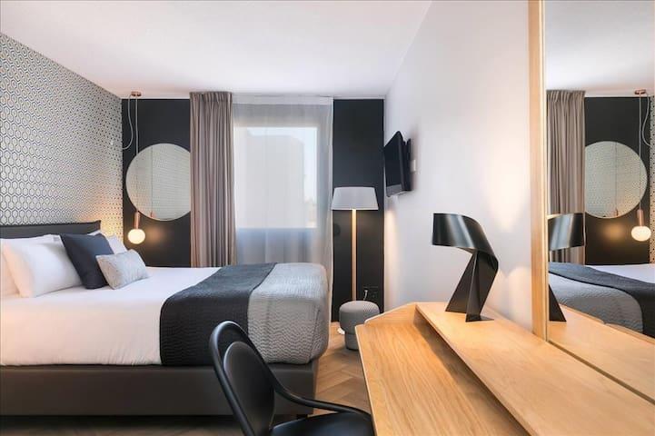 Chambre Moderne & luxueuse décorée par Habitat