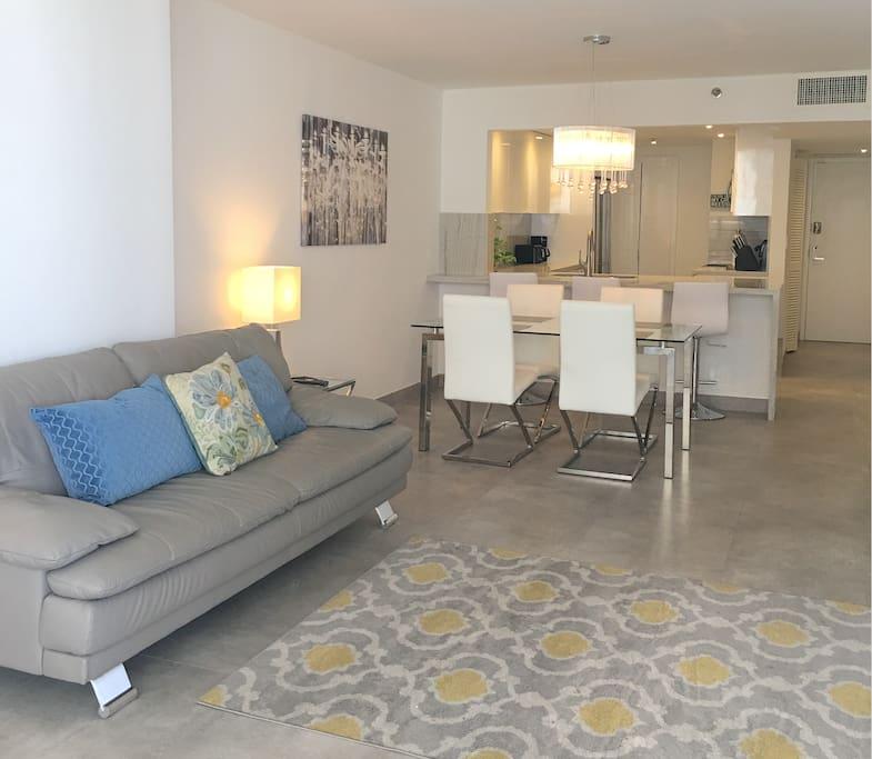 Gorgeous Spacious living space
