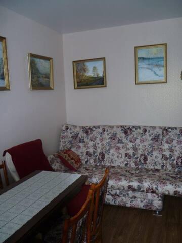 Room on Shkolnaya street