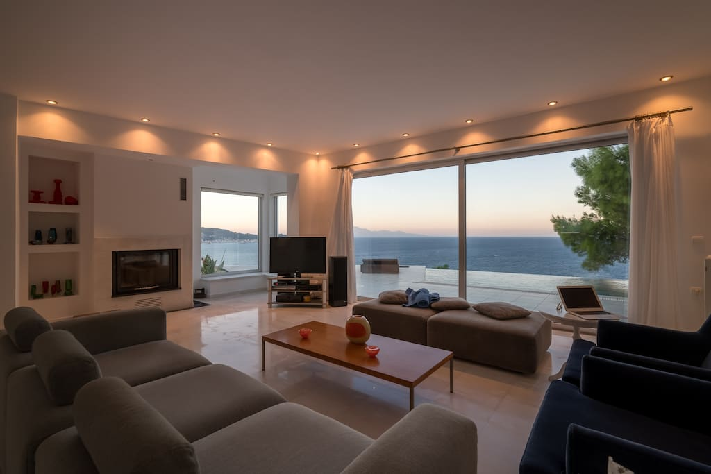 Living room, 3m couch, sea view