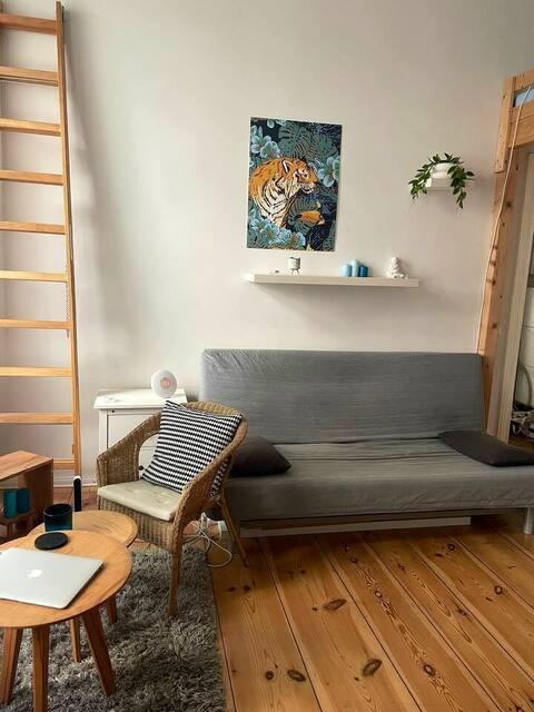 Flat in Prenzlauer Berg (home office suitable)