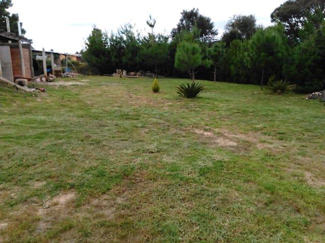 Cabaña rústica Ucareo- los Azufres, Camping amplio