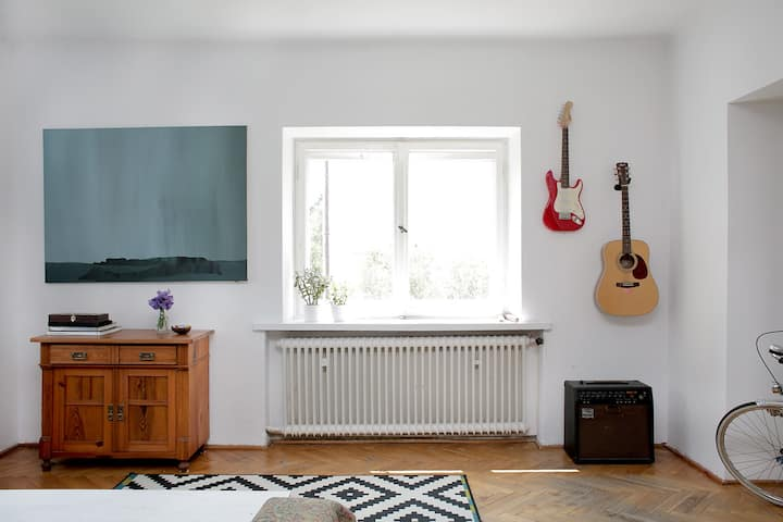 100m2 appartment 2nd floor villa- centre of Warsaw