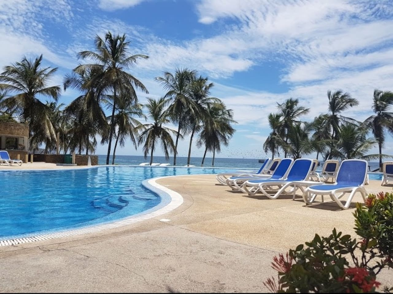 the  best of the best  beach and pool  to relax