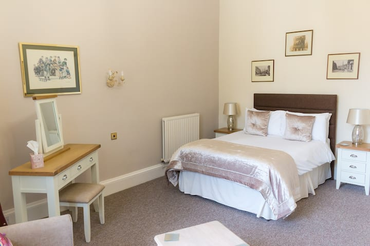 Hotel rooms in the heart of Hawick