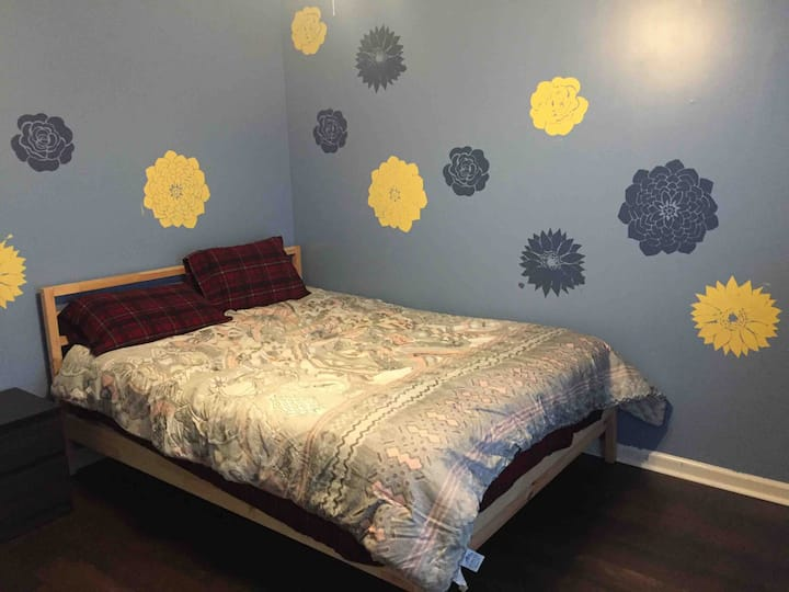 Single room, two guests - Huntsville