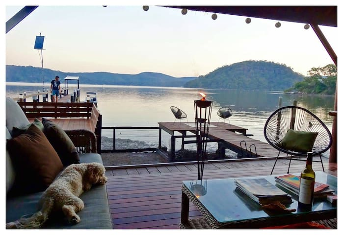 Hawkesbury River 'Off The Grid' Bed & Breakfast