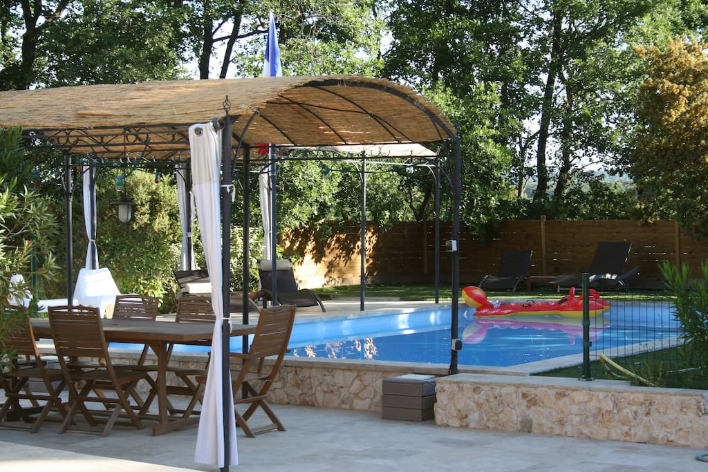 Villa 90m piscine priv e couple villas louer - Oasis piscine saint cannat ...