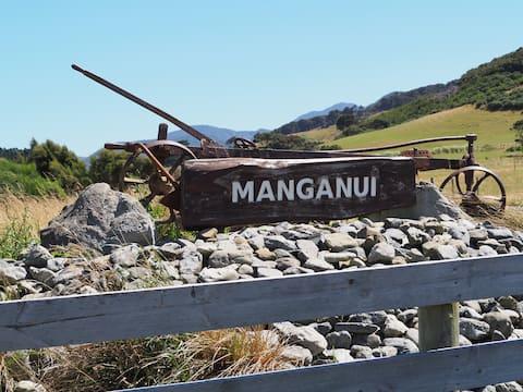 Manganui Farm Cottage