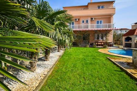Villa Vesna / Two Bedrooms A2 - Tribunj