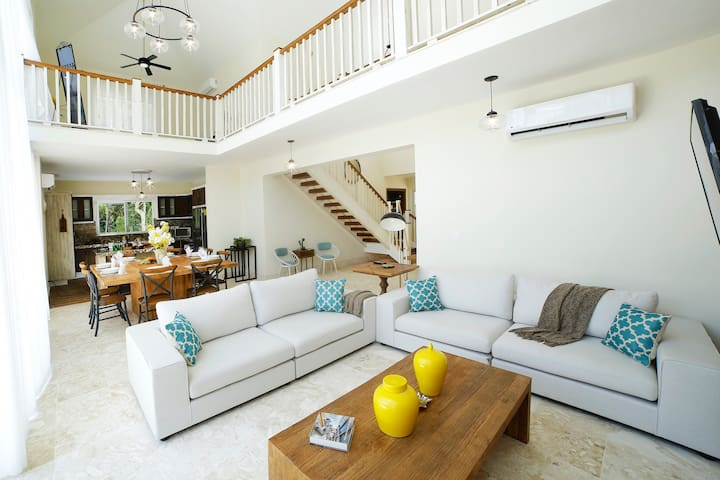 Luxury villa Olivo in Punta Cana