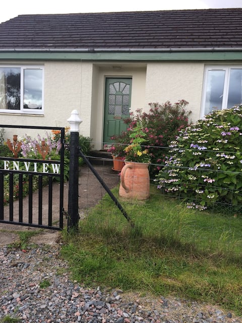 Benview holiday cottage Sleeps 8 - 10 7beds.
