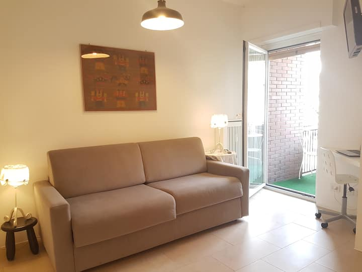 Cozy studio in Monteverde, balcony + condo terrace