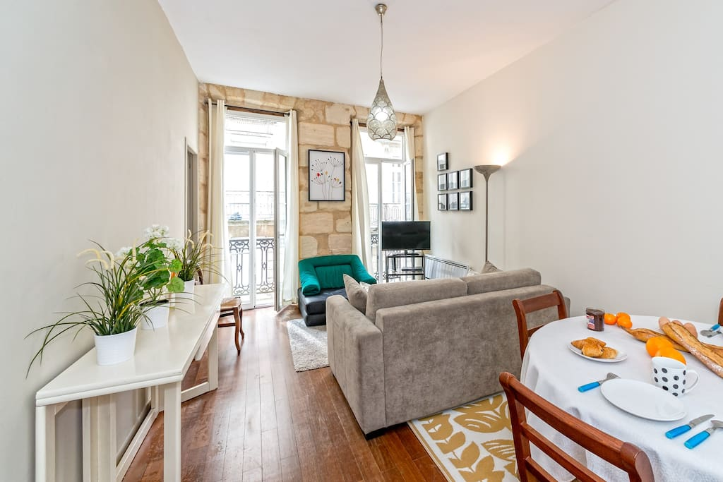 Nice Apartment Center Of Bordeaux Apartments For Rent In