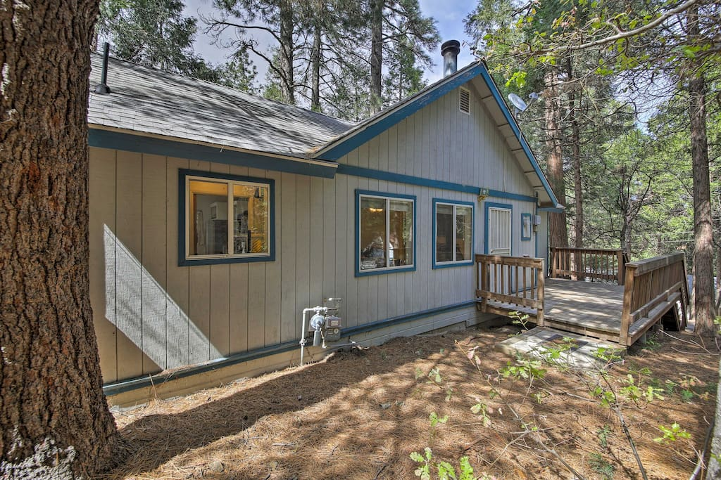 This 3-bedroom, 2-bathroom home is perfect for 7.