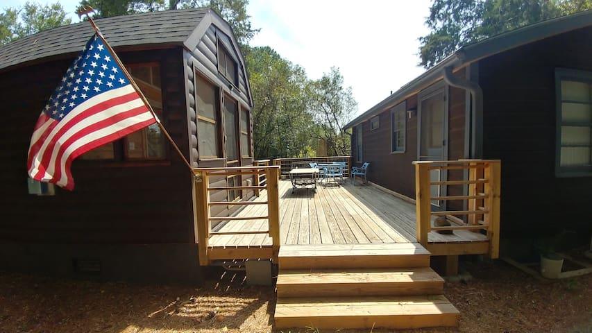 Private Carrboro Log Cabin