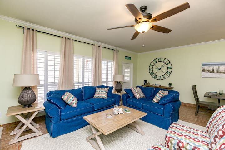 North Padre Condo Near Beach - Corpus Christi - House