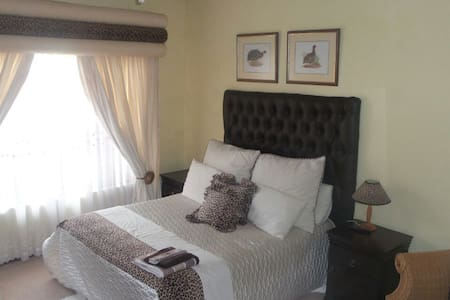 Thabitha bed and Breakfast - Akasia - Rumah