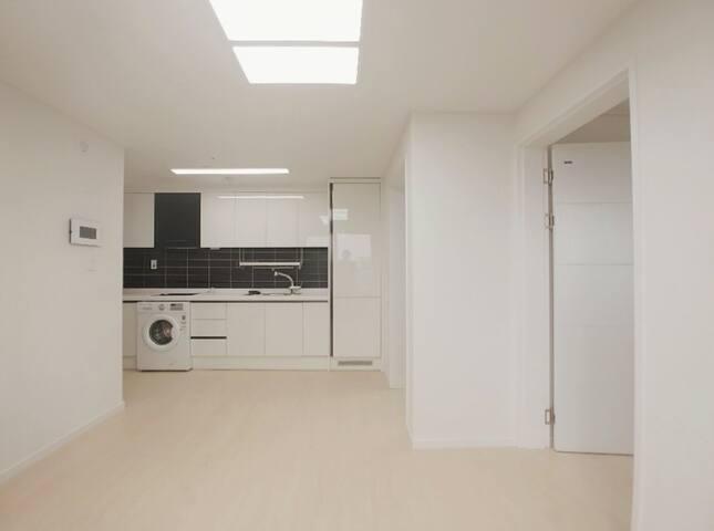 30 Sec Metro★2019 Apartment★Max 6 guests★