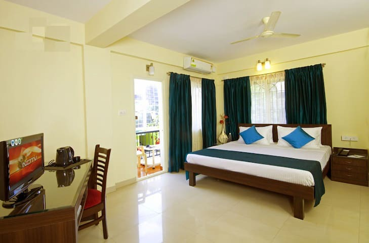 B&B with Superior Stays at Bangalore