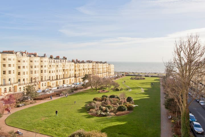 Brunswick Square, Spacious Flat – Direct Sea Views - Hove - Lägenhet
