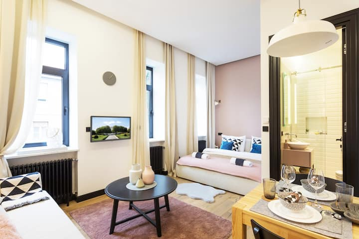 Modern Studio apt near Croatian National Theater