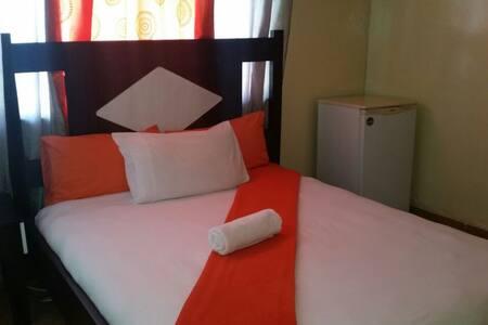 Medium En suite Bedroom - Walvis Bay - Bed & Breakfast