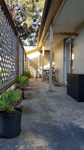 Tranquil & private with courtyard guest house 2