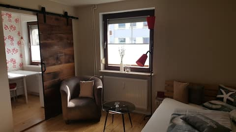 1-room apartment lovingly furnished