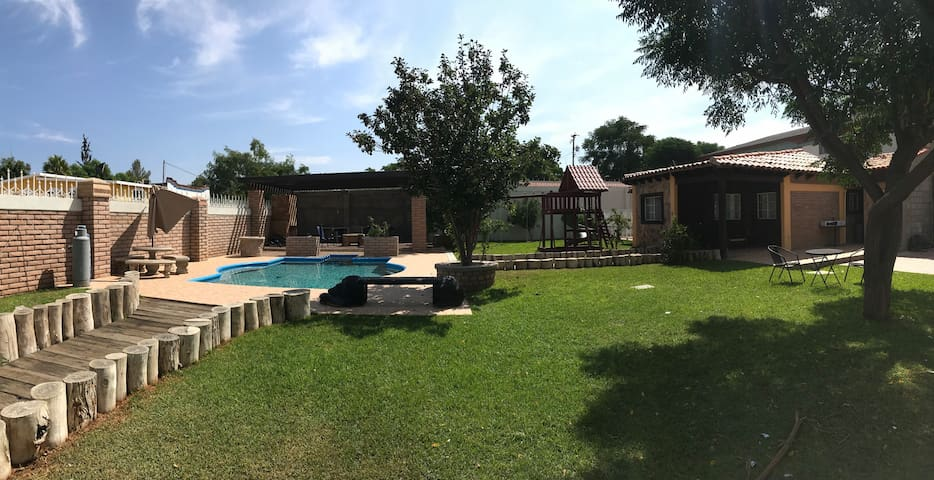 Casa cabaña privada en Tecate.