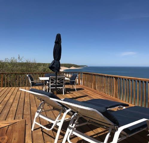 Sea breeze beach house Own Private Beach  WIFI!!