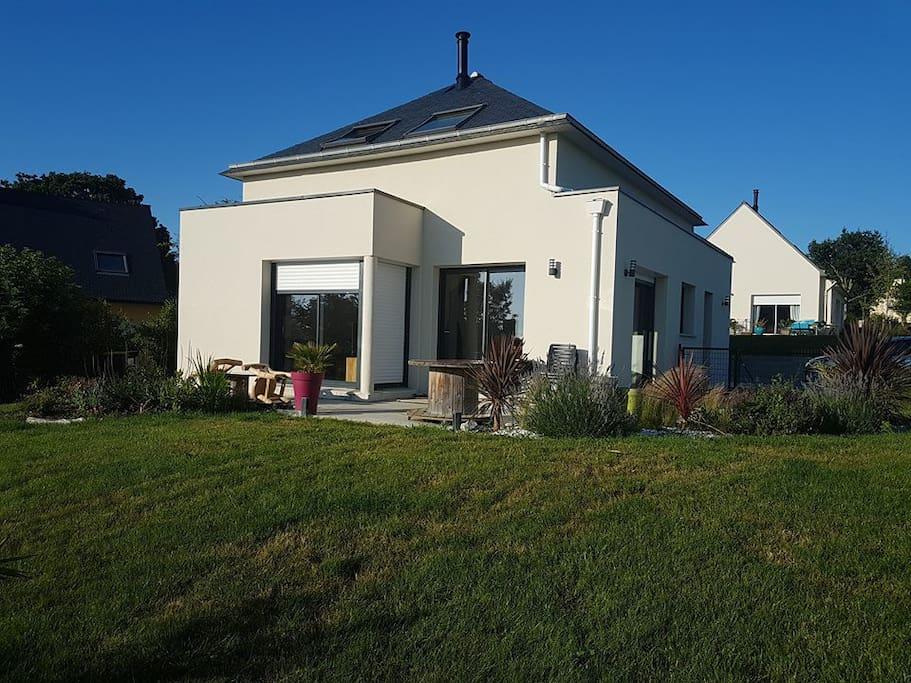 Maison sur gr34 proche plage du portzic casas en alquiler en crozon bretagne francia - Casas de alquiler en francia ...