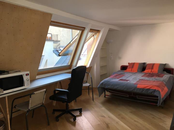 Charming studio for 2 people+Place de Parking