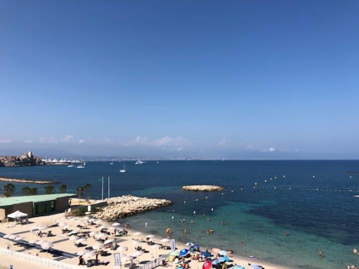 Cap d'Antibes - vue mer - studio