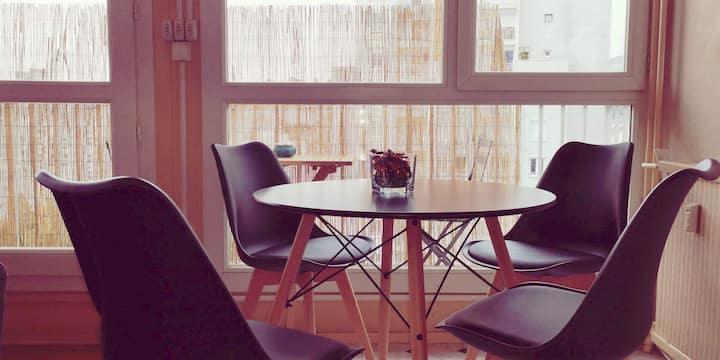 Grand t1 bis/ balcon bien situé 45 m2 +garage