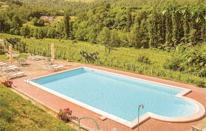 Stunning home in Verna-Calzolaro -PG- with WiFi, Outdoor swimming pool and 2 Bedrooms