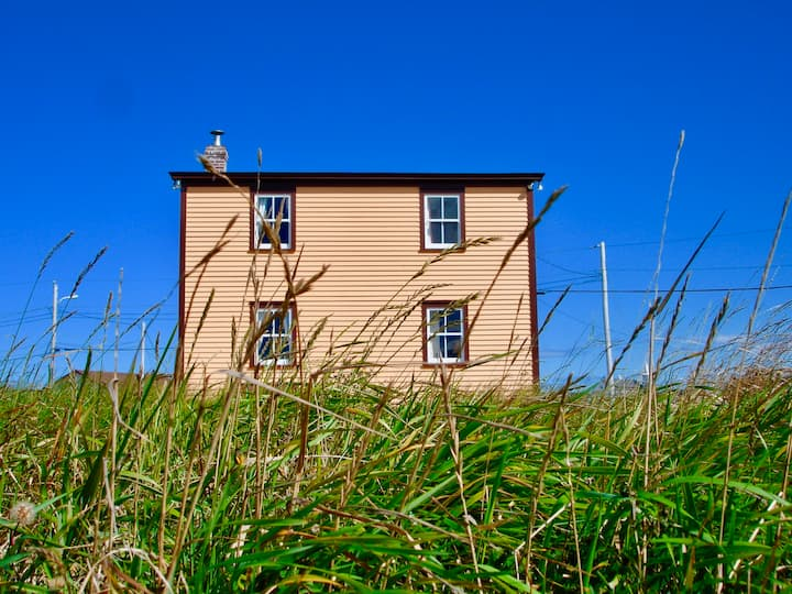 Thomas Moland House- Oceanfront Downtown Bonavista