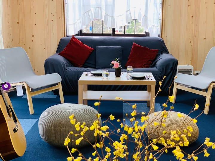 天然素材檜を内装に温かみ溢れるサンハウス