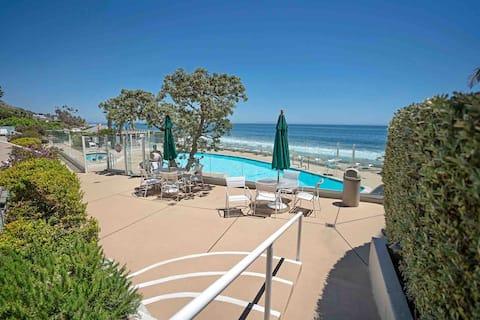 Malibu beachfront condo w pool, 2 bedroom 1 bath