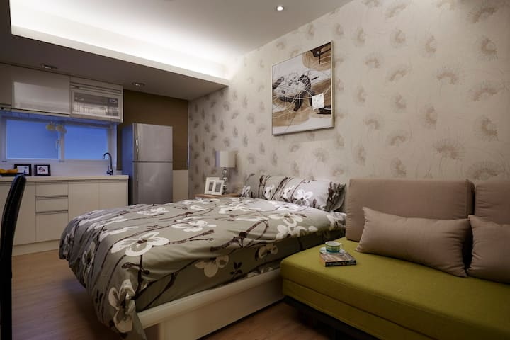 Sweet suite in center of Taipei close to 101