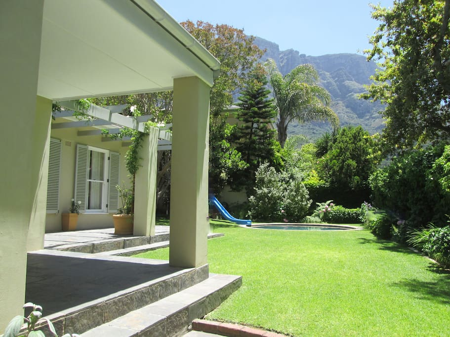 Garden and view of Table Mountain.