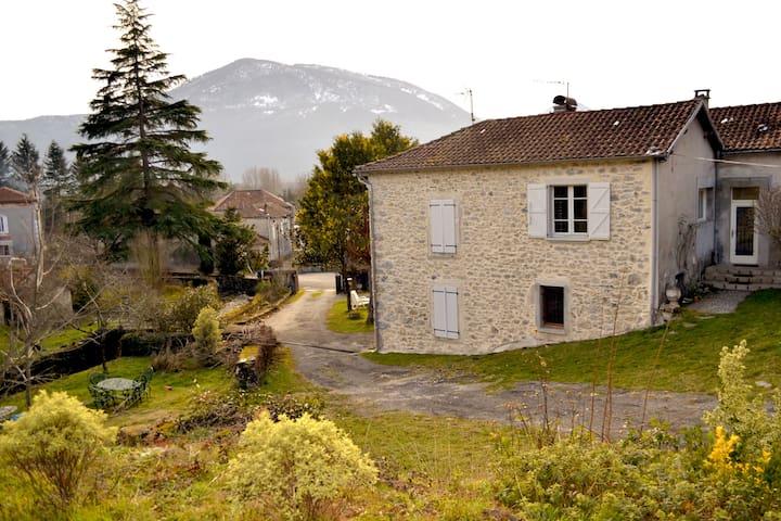 La casita en el pireneo - Ore - Casa