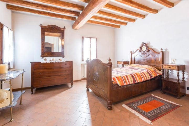 Airbnb Baricella Vacation Rentals Places To Stay