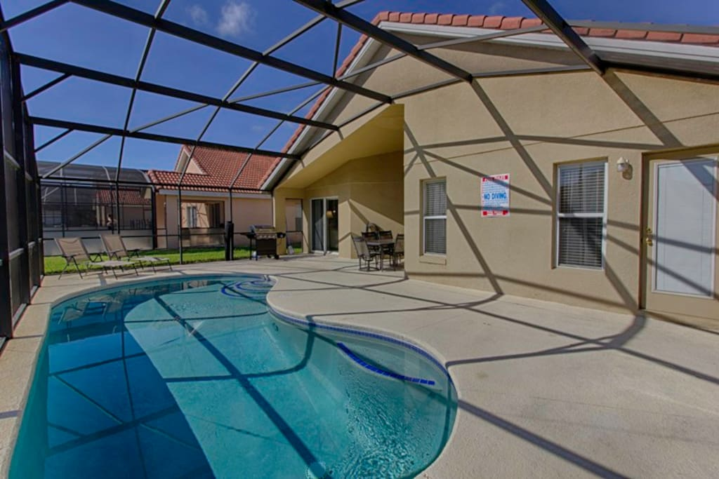 Fully screened pool and sun deck