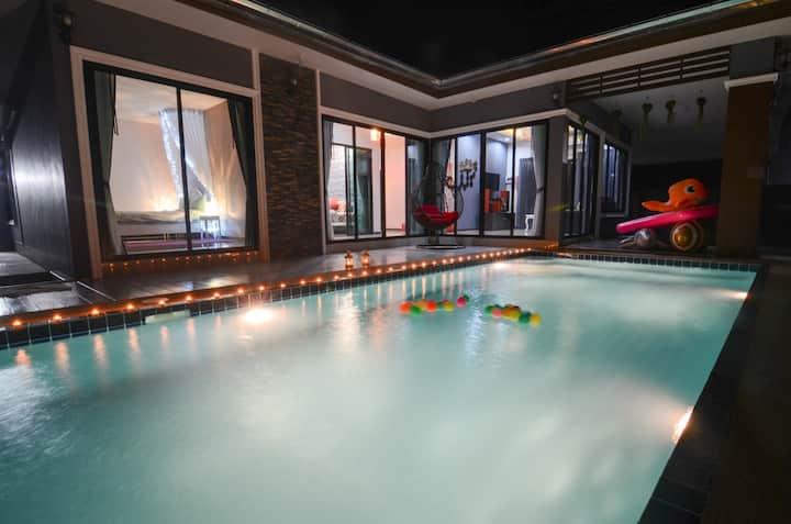 Free Time Pool Villa Cha-Am