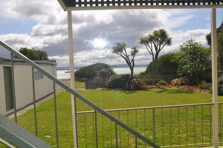 Bayview Beachfront House Ground Floor Apartment - Lauderdale, Hobart - Appartamento