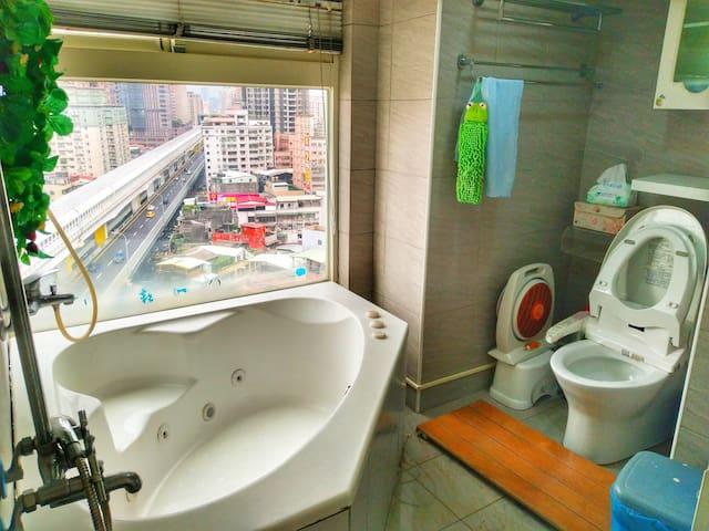 全大台北最靠近捷运且设备最齐全的单人空间 (近景安、南勢角捷運站)
